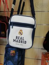Real Madrid oldaltáska bőr fehér-kék
