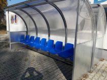 Kispad 8 személyes, műanyag székes